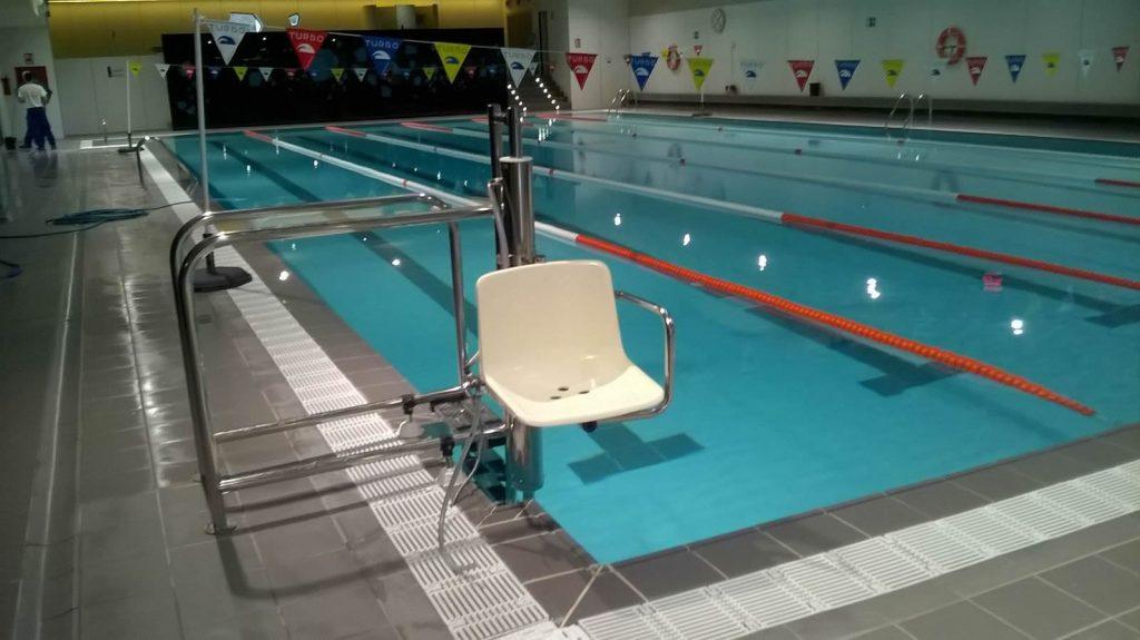 piscinas-sillas-adaptadas-minusvalidos